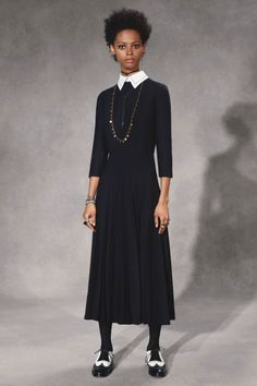Christian Dior Pre-Fall 2018 Collection - Vogue