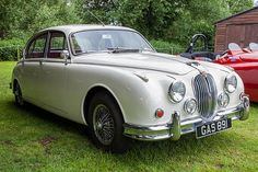 Brooklands Double Twelve 2016 - 1962 Jaguar MkII 3.4L (GAS… | Flickr