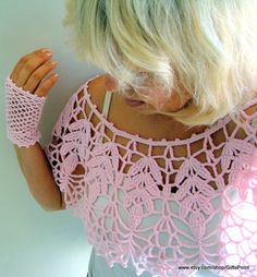Items similar to Lace Bolero, Crochet Cape Cover Up Vintage Style Pink Capelet with Mittens, Wedding Bolero, Bridal Bolero, Women& Accessories on Etsy Cardigan Au Crochet, Crochet Collar, Crochet Mittens, Crochet Cardigan, Crochet Scarves, Crochet Shawl, Crochet Clothes, Crochet Lace, Crochet Shrugs