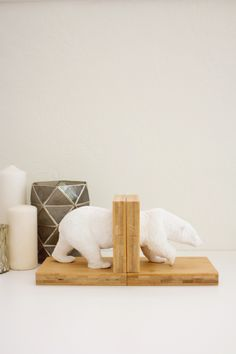 DIY Faux Ceramic Polar Bear Bookends