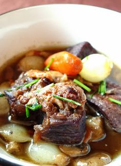 Recipe | EASY Crockpot Beef Burgundy :: I've adapted my recipe from Barefoot Contessa's recipe for Filet of Beef Bourguignon with a few additions. It's fast and very easy, but certainly chic enough for company. #comfort food