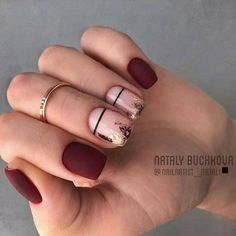 55 Pretty and Awesome Burgundy Nail Art Designs – Nageldesigns – Nails Red Nails, Love Nails, Pretty Nails, Hair And Nails, Black Gel Nails, Burgundy Nail Designs, Burgundy Nail Art, Short Nails Art, Minimalist Nails
