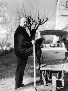 Christian Dior in the garden of his house of la Colle Noire, à Montauroux