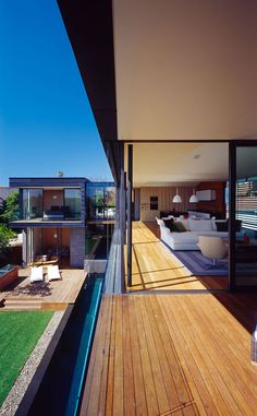 ♥ Balmoral House by Fox Johnston Architects | HomeDSGN, a daily source for inspiration and fresh ideas on interior design and home decoration.