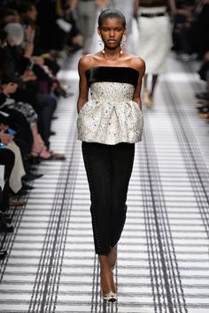 Balenciaga - Fall 2015 Ready-to-Wear