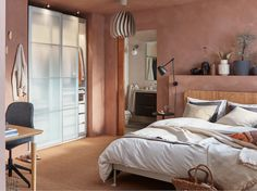 A bedroom with pink hues and natural materials - IKEA Rattan Headboard, Bed Frame And Headboard, Bedroom Layouts, Bedroom Sets, Dispositions Chambre, Bedroom Furniture, Bedroom Decor, Ikea Family, Ikea Home