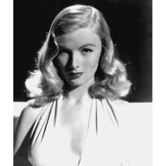 Movies Photograph - Veronica Lake, Portrait, As Seen by Everett The Veronicas, Old Hollywood Glamour, Hollywood Stars, Hollywood Divas, Hollywood Icons, Classic Hollywood, Veronica Lake Hair, Vintage Hairstyles, Cool Hairstyles