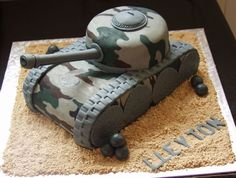 Army tank (see fondant tracks & wheels) Army Themed Birthday, Army Birthday Cakes, Army Birthday Parties, Army's Birthday, Cool Birthday Cakes, Army Tank Cake, Army Cake, Military Cake, Military Party