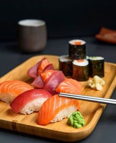 Simplicity at its finest @alldaysushi Follow Make Sushi for more sushi and go to buff.ly/2l4weyx for more recipes Make Sushi http://ift.tt/2B6SXjt