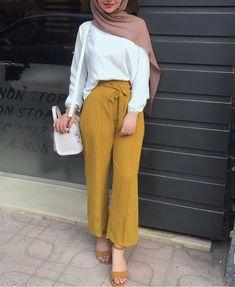 nihal_basha actual scarf is an essential item in Hijab Fashion Summer, Modest Fashion Hijab, Modern Hijab Fashion, Street Hijab Fashion, Casual Hijab Outfit, Hijab Fashion Inspiration, Hijab Chic, Muslim Fashion, Fashion Outfits