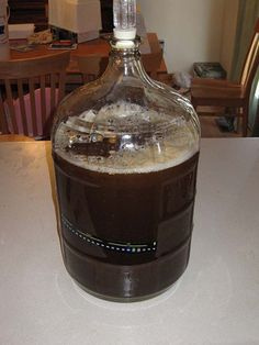 DIY Beer recipe, how to make beer at home with step by step tutorial. | http://pioneersettler.com/best-homebrew-recipes-how-to-make-beer/