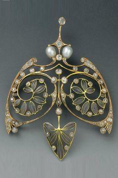 Henri Vever - An Art Nouveau gold, enamel, diamond, pearl and paste pemndant, about 1900. Signed VEVER Paris.