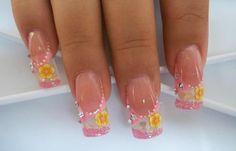 Diseños de uñas en fotos, diseño de uñas en fotos - color.   #uñasdemoda #acrylicnails #uñasdiscretas