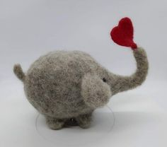 Big Elephant with lovely Heart Detailed Needle felted Elephant with big heart One of a Kind Needle Felted Wool another amazing creation made with the intricate art of needle felting Perfect collector's item or a unique gift for someon Needle Felted Cat, Needle Felting Kits, Needle Felted Animals, Wet Felting, Needle Felting Tutorials, Felt Bunny, Felt Cat, The Animals, Felt Animals