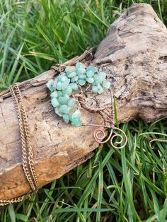 Hey, I found this really awesome Etsy listing at https://www.etsy.com/uk/listing/498692942/wire-wrapped-aged-copper-aventurine-tree