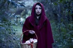 Model : Vanessa Berlanda A personal interpretation of Red Riding Hood. #red #riding #hood #photo #photography #story #book #forest #green #flowers