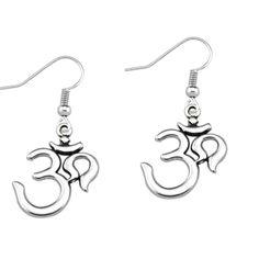 OM earings Ear Candling, Washer Necklace, Om, Candle Holders, Fragrance, Earrings, Silver, Jewelry, Ear Rings