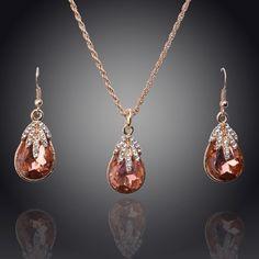 O envio gratuito de atacado 2014 promoção de vendas 18 K pingente banhado a ouro e colar conjuntos de jóias de casamento para noivas moda jóias