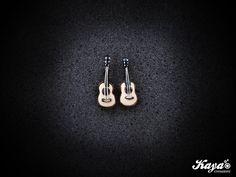 Orecchini CHITARRA - fimo GUITAR earrings - polymer clay  #fimo #clay #guitar #chitarra #music #musica #band #guitarist #chitarrista #song #canzone #classic #acoustic #acustica   Kaya Creazioni http://www.facebook.com/KayaCreazioni