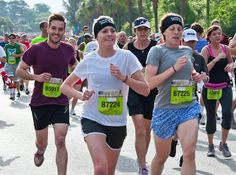 'Ridiculously Photogenic Guy' picture from 10k race goes viral