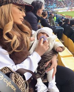 Cute Family, Baby Family, Family Goals, Mommy And Son, Mom And Baby, Dear Daughter, Cute Kids, Cute Babies, Luxe Life