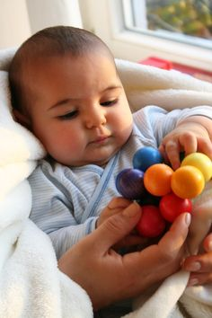Grimm's Beads Grasper - Wooden Baby Rattle Toy with Large Balls in Rainbow Colors, Handmade in Germany Wooden Baby Rattle, Wooden Baby Toys, Wood Toys, Grimm's Toys, Grimms Rainbow, Making Wooden Toys, Ideal Toys, Montessori Toys, Munnar