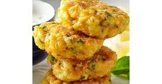 Recipe Sweet Potato and Haloumi Burgers by VeggieNessie, learn to make this recipe easily in your kitchen machine and discover other Thermomix recipes in Main dishes - vegetarian. Wrap Recipes, Vegetable Recipes, Vegetarian Recipes, Cooking Recipes, Vegetarian Dinners, Halloumi Burger, Lchf, Szechuan Recipes, Skinny Recipes