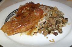 Κατσικάκι γεμιστό cookeatup.com Mediterranean Recipes, Greek Recipes, I Foods, Lasagna, Family Meals, Lamb, Food And Drink, Easter, Meat