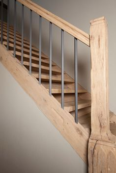 40 Amazing Wooden Stairs for Your Home People have mixed opinions about having Wooden Stairs or any steps for that matter. Some people rush out to find […] 40 Amazing Wooden Stairs for Your Home People have mix Rustic Staircase, Staircase Railings, Wooden Staircases, Wooden Stairs, Staircase Design, Stairways, Banisters, Industrial Stairs, Stair Renovation