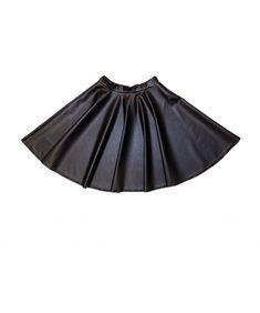 Ennalle Brave, Helmet, Ballet Skirt, Skirts, Clothes, Fashion, Outfits, Moda, Kleding