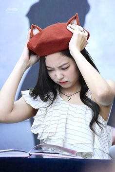 JENNIE 190630 blackpink photobook limited edition fansign Nayeon, South Korean Girls, Korean Girl Groups, Korean Age, Blackpink Members, Black Pink, Jennie Blackpink, Editing Pictures, Yg Entertainment