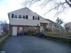 121 Cypress Dr Broomall, PA 19008 home for sale Delaware County.  For more info Click here: http://www.anthonydidonato.net/wordpress/2014/04/03/121-cypress-dr-broomall-pa-19008-home-sale-delaware-county/ Call me for info on this home for sale at 121 Cypress Dr Broomall, PA 19008 in Delaware County  Cell Number: (610) 659-3999  Email: anthonydidonato@gmail.com