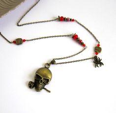 Sautoir tête de mort bronze rouge, rock, gothique, cristal, céramique : Collier par color-life-bijoux
