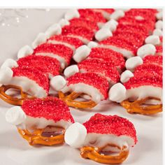 Gonna try these White Chocolate Santa hat pretzels for Christmas