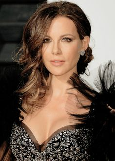 2017 Vanity Fair Oscar Party in Beverly Hills (Feb Beautiful Celebrities, Beautiful Actresses, Gorgeous Women, Underworld Kate Beckinsale, Sublime Creature, Kate Beckinsale Pictures, British Costume, Hollywood, Vanity Fair Oscar Party