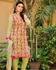Latest Eid Collection Dresses 2017 with Designs for Young Pakistani Women