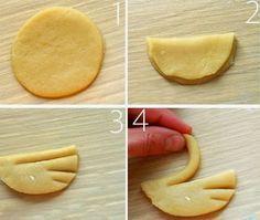 Questi cigni di biscotti oltre ad essere buonissimi hanno un aspetto cosi' scenografico che piaceranno a tutti. Per preparare i Biscotti di...