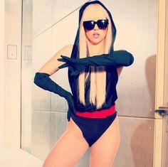 Pin for Later: Die 43 modischsten Halloween-Kostüme für Fashionistas Lady Gaga