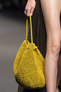 Anteprima at Milan Fashion Week Spring 2020 - Details Runway Photos Coin Purse Tutorial, Zipper Pouch Tutorial, Tote Tutorial, Fabric Bags, Fabric Basket, Bag Crochet, Bag Patterns To Sew, Sewing Patterns, Patchwork Bags
