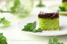 Mint and chocolate cake Eat Dessert First, Amazing Cakes, Chocolate Cake, Panna Cotta, Sweet Treats, Cheesecake, Pudding, Favorite Recipes, Sweets