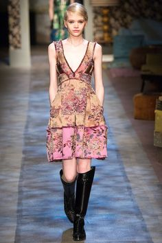 Erdem - A minidress mimicking the tapestries is given a light touch through varying blush hues. (=)