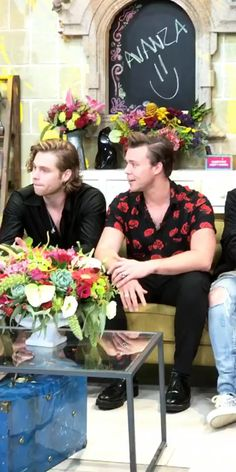 5SOS in Mexico 5 Seconds Of Summer, 5sos, Bands, Mexico, 5secondsofsummer, 5 Sos, 5sos Preferences, Band, Mexico City