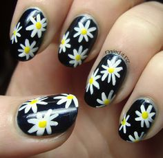 Nailed It NZ: Daisy Nails Tutorial soooo freakin cute Creative Nail Designs, Diy Nail Designs, Creative Nails, Daisy Nail Art, Daisy Nails, Hot Nails, Hair And Nails, Gorgeous Nails, Pretty Nails