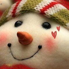 Winter Snowman....such a cute face!