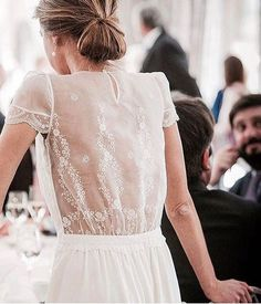 The Most Gorgeous Wedding Dresses | Short sleeve wedding dress | fabmood.com #weddingdress #weddinggown #bridalgown #laceweddingdress