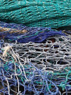 How to Make Fishing Nets With Knots thumbnail Fishing Knots, Gone Fishing, Fishing Tips, Fishing Gloves, Fishing Box, Kayak Fishing, Net Making, Am Meer, Fishnet