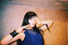 daoko Beautiful Person, Beautiful Women, Eye Of Horus Illuminati, Japanese High School, Japanese Artists, These Girls, Music Stuff, Poses, People