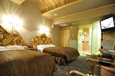 King of France Palace Hotel Taipei King of France Palace Hotel offers rooms with beautiful European decor, gold-plated beds and free wired internet. It is a 5-minute drive from Nangang Railway Station and Kunyang MRT Station. Parking is free.