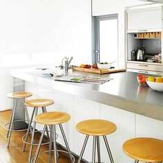 Magnificent Stainless Steel Countertops for Your Modern Contemporary Kitchen Design Ideas : Inspirational Interior and Exterior Home Design Ideas – TheMakaroni.com