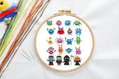Halloween Ornaments, Halloween Gifts, Easy Halloween, Nursery Patterns, Print Patterns, Mini Monster, Halloween Cross Stitches, Cute Monsters, Simple Cross Stitch
